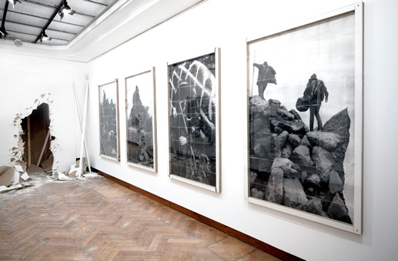 Philippe Van Wolputte Looking Back While Walking Forward installation Bozar 2013